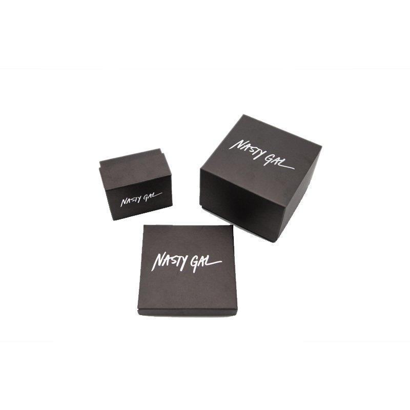 Custom Jewellery Packaging With Logo